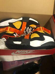 Nike Air Raid Raygun (Men's Size 12) Basketball Shoe Black Gold White Sneaker