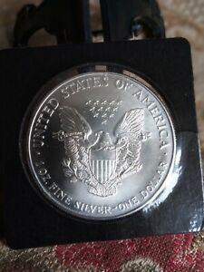 1995 USA SILVER DOLLAR - WALKING LIBERTY - 0.999 SILVER - BUNC + COA