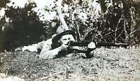 ORIGINAL - WW1 U.S. MARINE FIRING RIFLE c1917 PHOTOGRAPH (USMC)