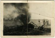 PHOTO ANCIENNE - VINTAGE SNAPSHOT - AVION ACCIDENT INCENDIE - PLANE CRASH 1926