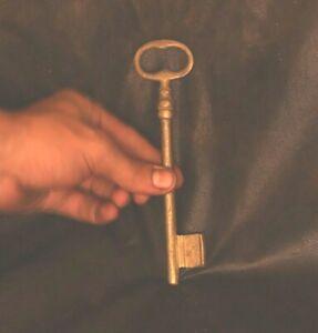 Antique Door Big Key Made Of Copper Egyptian door keys (مفتاح مصرى) Excellent #1