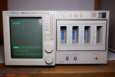 TEKTRONIX 11801 DIGITAL SAMPLING OSCILLOSCOPE