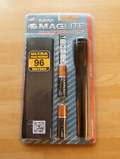 Maglite Mini Maglite AA Xenon Lamp Torch with Belt étui