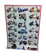Poster Vespa Plastificato con scritta blu 97.8 cm X 67.9 cm
