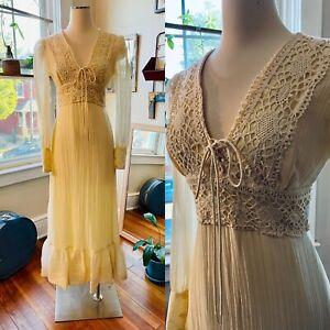 Vtg 60s 70s Sheer - Ish Gauze Hippy Festival Maxi Peasant Dress M Crochet Trim
