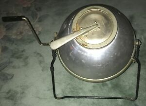 Kamome Home Washer from 1950s - Tabletop Ball Washer Style with Hand Crank & Lid
