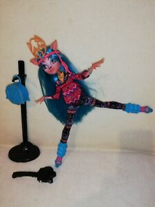Monster High Isi Dawndancer. A REALLY GREAT EXAMPLE OF THIS POPULAR CHARACTER!