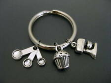 Cupcake Keychain / Cupcake Key Ring / Gift for Baker / Baking Keychain