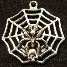 5Pcs. Tibetan Silver Halloween SPIDER Web Skull Charms Pendants Ear Drops HW24