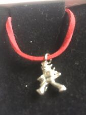 "Window Cleaner TG320A In Fine English Pewter On 18"" Red Cord Necklace"
