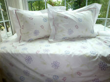 POTTERY BARN Twin White EMBROIDERED Floral Duvet Cover