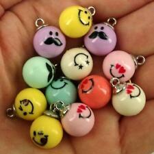 25 X Acrylique belle varié Emoji style perles avec œillets Caution Inc PASTEL 12 MM