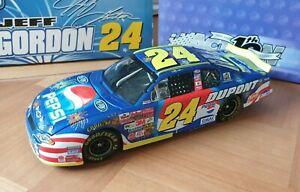 NASCAR 1/24 Action Jeff Gordon #24 Dupont Pepsi Daytona 2002 Chevreolet
