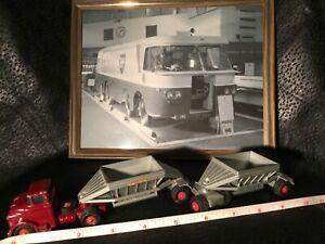 1960s Matchbox Lesney Major Pack No. M4 Fruehauf Hopper Train