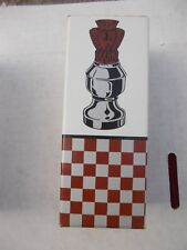 1) Vintage Avon Chess Piece The queen Ii Spicy AfterShave Bottle + Original Boxe