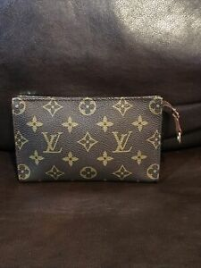 Louis Vuitton LV Monogram Cosmetic Zip Pouch Clutch Bag VI 0030