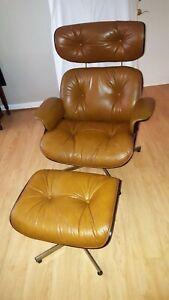 Plycraft Vintage Lounge Chair & Ottoman