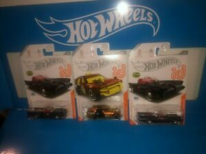 LOT OF (3) HOT WHEELS ID CARS,CHASE CARS,TV SERIES BATMOBILE & TIME ATTAXI,LOOK!