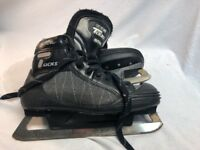 CCM 852 Vakutack Tacks Ice Hockey Skates  US Mens Size 8