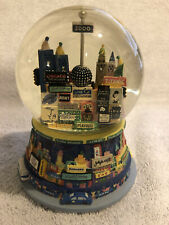 New York City Year 2000 Snow Globe Broadway Music Box Time Square Auld Lang Syne