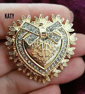 Vintage Style Gold Tone Crystal Diamante Small Heart Shield BROOCH Pin Broach