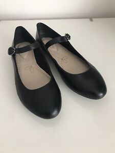 Clarks Ladies Shoes Size 3.5 Black Leather Mary Jane Flats D Width Fitting