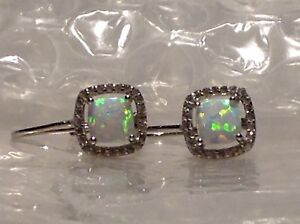 STERLING SILVER CZ AND CULTURED OPAL SET EARRINGS - REF 0409.08