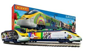 Hornby R1253M The Beatles 'Yellow Submarine' Eurostar Train Set- BRAND NEW
