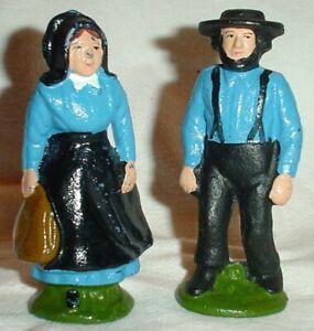"""AMISH COUPLE FIGURINES BLUE TOPS CAST IRON PA DUTCH SOUVENIR/HOME DECOR/4.5"""""""