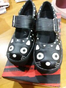 T.U.K Heart Print Kitty Mary Jane Shoes 37 AS NEW