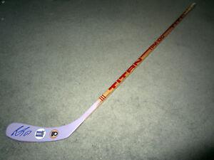 WAYNE SIMMONDS Philadelphia Flyers SIGNED Auto Hockey Fights Cancer Stick w/ COA