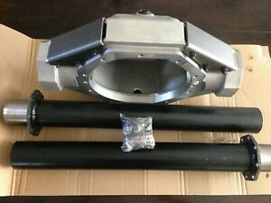 "NEW FORD 9"" INCH TDS ALUMINUM CENTER HOUSING REAR END W/STEEL LEGS"