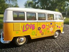 Volkswagen VW T1 Bus amour et Paix kinsmart 1 24 Vert 12176