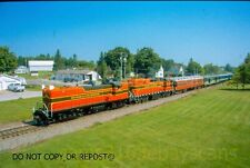 COLOR DIGITAL SLIDE ESCANABA & LAKE SUPERIOR RR 300 LEADS PASSENGER ON CN 2018