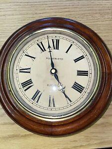 Pul-syn-etic Electric Clock Retro Vintage