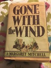 BOOK GONE WITH THE WIND Vintage. Margaret Mitchell Popular Story Book Old School