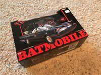 1966 Batmobile Snap Kit 1/25 scale Polar Lights #824 Pre-Painted Body & Figures
