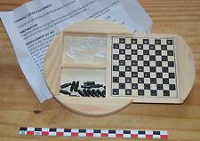 Petit jeu de dames en bois, très bon état, avec la règle du jeu