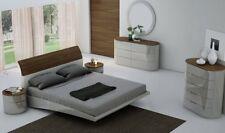 J&M Amsterdam Modern King Bedroom Set in Light Grey & Walnut, 5-Piece