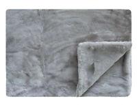 ULTRA WARN Throw Blanket Faux Fur 130x150 CM Throw Comfy - Mon Grey