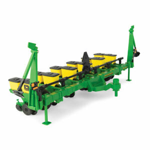 1/16 Big Farm John Deere 1700 Planter 46763