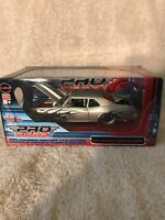 Maisto Pro Rodz 1970 Chevy Nova SS 1:24 Scale Diecast Muscle Car NIB. RARE!