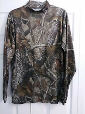 OUTFITTERS RIDGE Size Medium Mock Turtleneck LS Shirt  Realtree Hardwoods Camo