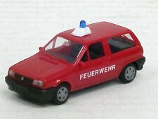 VW Polo Feuerwehr in rot, Einzelblaulicht auf Sockel, ohne OVP, AWM / AMW, 1:87