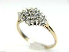Markenlose Ringe im Cluster-Stil aus Gelbgold mit Diamanten
