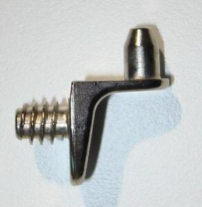 Bodenträger z.Schrauben mit Gewinde Regalbodenträger Winkelbodenträger Tablarträ