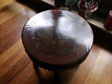En vente superbe et lourde table basse antique Chinoise 19eS