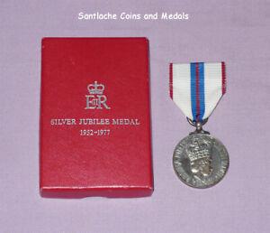 1977 OFFICIAL QUEEN ELIZABETH II SILVER JUBILEE MEDAL - Full Size Boxed Original