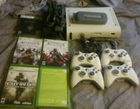 Xbox 360 fully functional  60gb HD, Ethernet cable, 18 Games, 4 Controllers