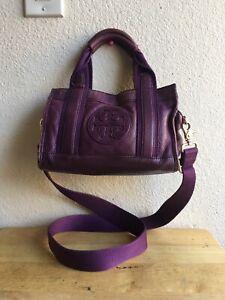 Tory Burch Small Purple Leather Crossbody Beautiful Cute Pattern Handle Hand Bag